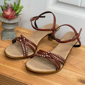 Soft sole open toed sandals with buckle